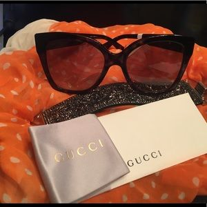 Gucci  GG0459S Havana gold sunnies